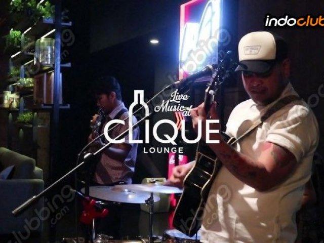 Live Music At clique
