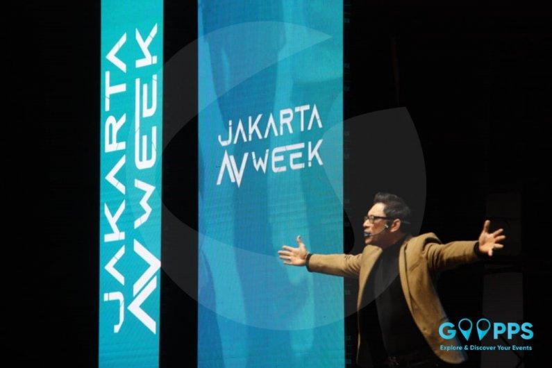 Penuh Energi dan Interaktif, James Gwee Tutup Seminar Hari ke-2 Jakarta Audio Visual Week
